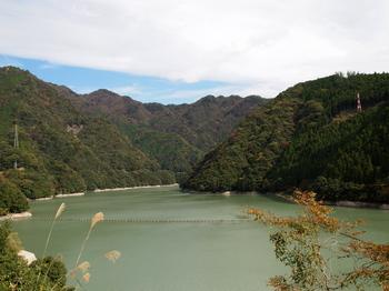 佐久間ダム湖.jpg